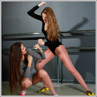 Gymnastic Dancers Brawl – Sara vs Jillian