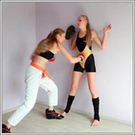 Slugging Lesson - Emily vs Nastja - HD