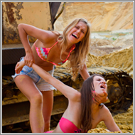 Dirty Fighting Outdoor - Fiona vs Vicky