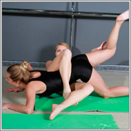 Yoga girls conflict – Irene vs Laura