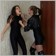 SCR117 - Catfight in the kitchen - Sabrina vs Tess